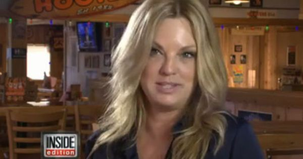 First Hooters Girl Lynne Austin Looks Back After 30 Years