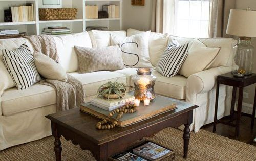 Cottage Style Living Room With Pottery Barn Sectional And