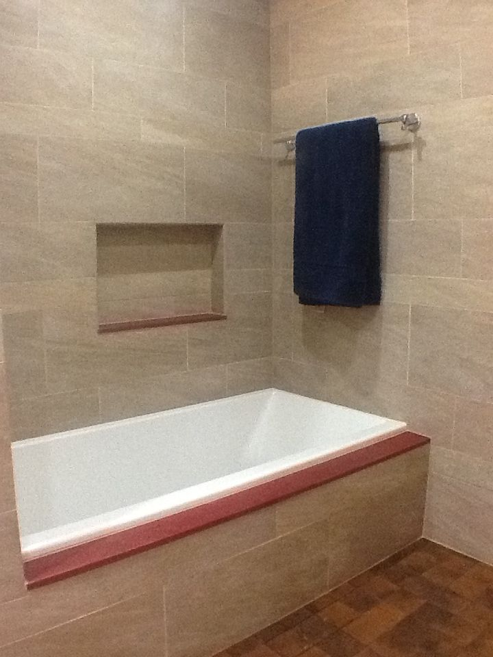 Kohler Underscore Tub With Cultured Marble Tub Deck And