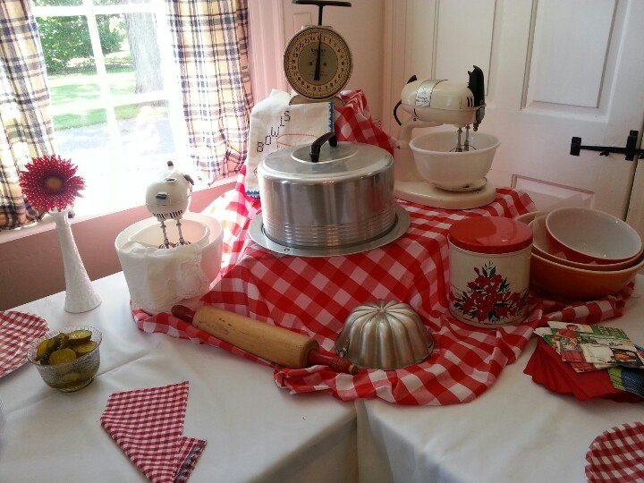Bridal Shower 50s Housewife Themed