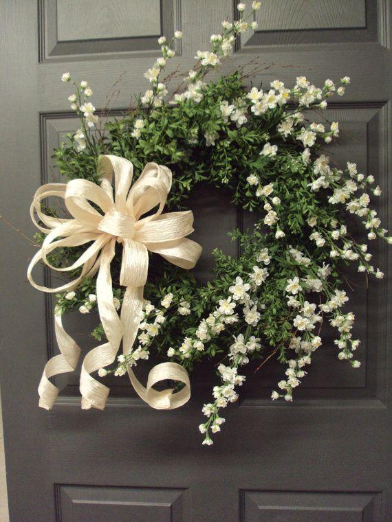 Simple Bridal Shower Decorations