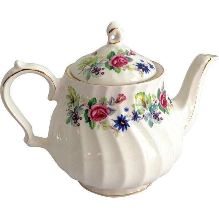 Numbered Sadler England Teapot 1551