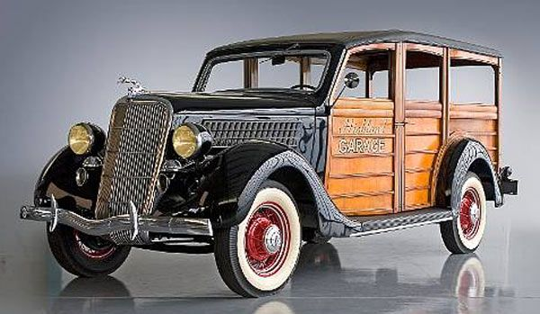 1935 Ford Woody Station Wagon