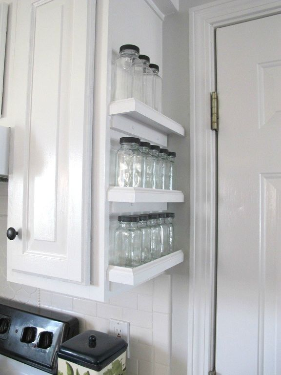 S 10 Borderline Brilliant Ways To Store Spices And Save