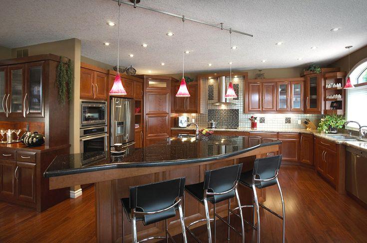 Large Luxury Kitchen Designs