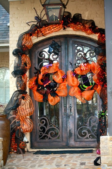 647 Best Images About Halloween Wreaths On Pinterest