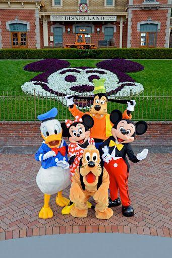 Mickey Pluto Donald Minnie Daisy Vintage Goofy