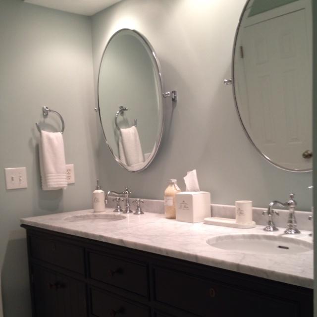 Bathroom Accessories Mirror