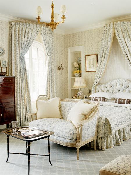 Curved Bed Crown Curtain Rod