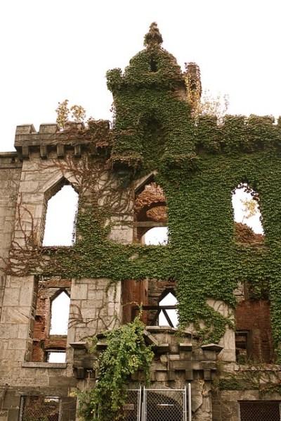 Renwick Ruin (Smallpox Hospital), Roosevelt Island ...