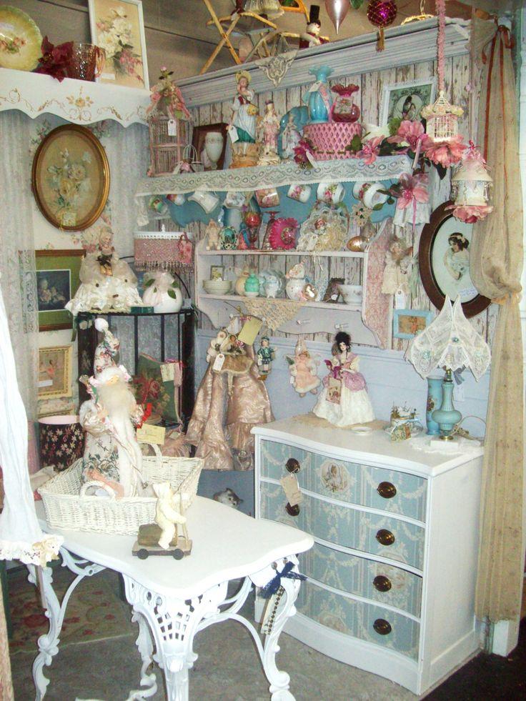 Antique Cottage Decor