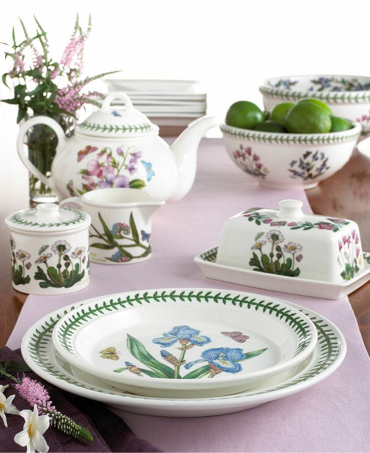 & Pfaltzgraff Napoli Dinnerware Collection