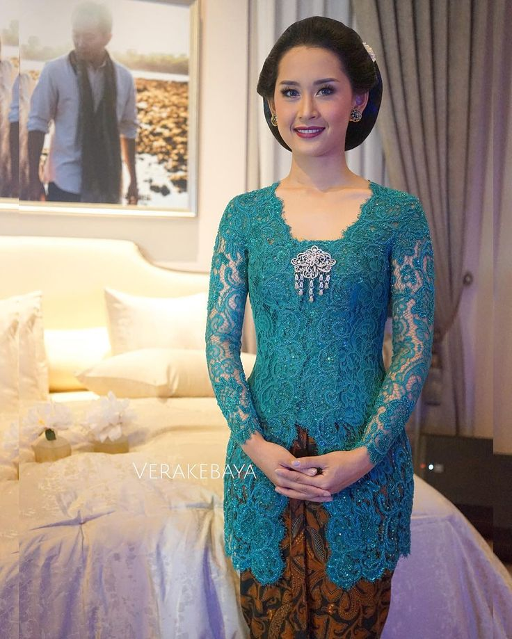 Best Ideas About Kebaya On Pinterest Kebaya Muslim Kebaya Modern Dress And Kebaya Brokat