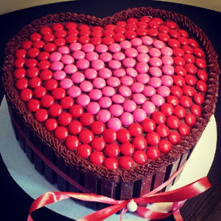 Heart Shaped Kit Kat Cake Birthday Celebration Ideas