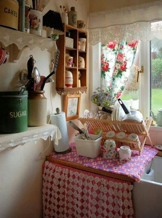 Country English Style Cottage Decorating