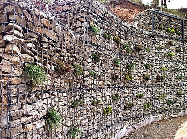 Garden Wall Decoration Ideas Uk