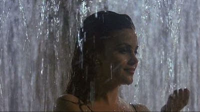 boxing helena - fountain scene