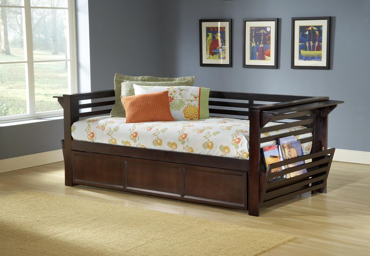 Minmalist Bedroom Daybed