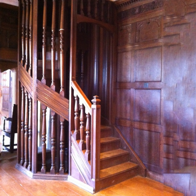 How Tall Should Wainscoting Be