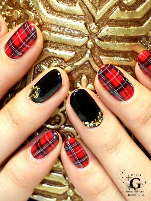 Red Gel Christmas Polish Nails