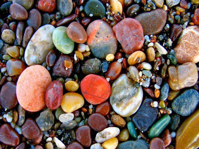 Smooth Pebbles Sale