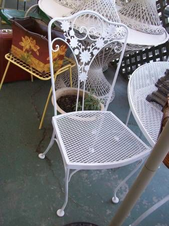 Vintage Woodard Wrought Iron Patio Table Amp 4 Chairs