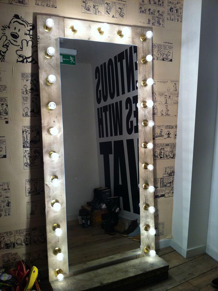 Heat Light Bulbs Bathroom