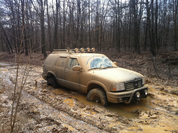 Chevy 4x4 Mudding S10 And Girls Lifted