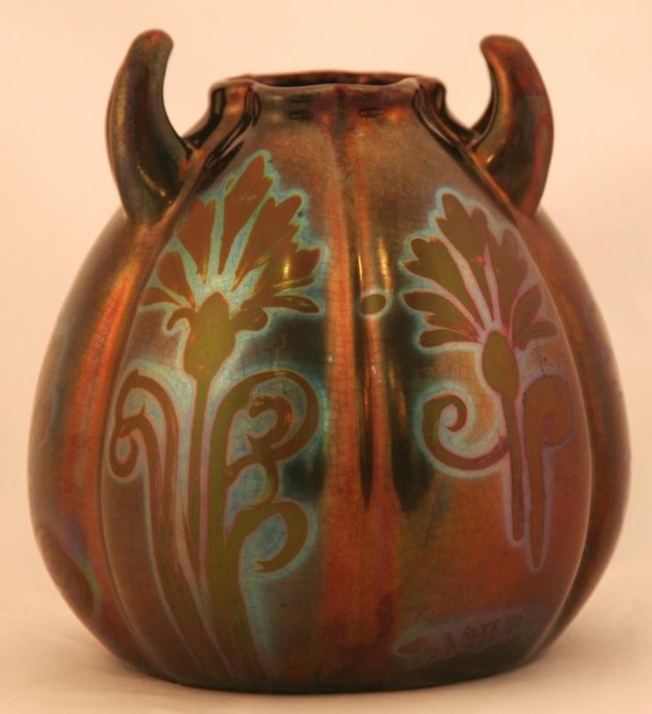 Weller Ceramic Vase Value