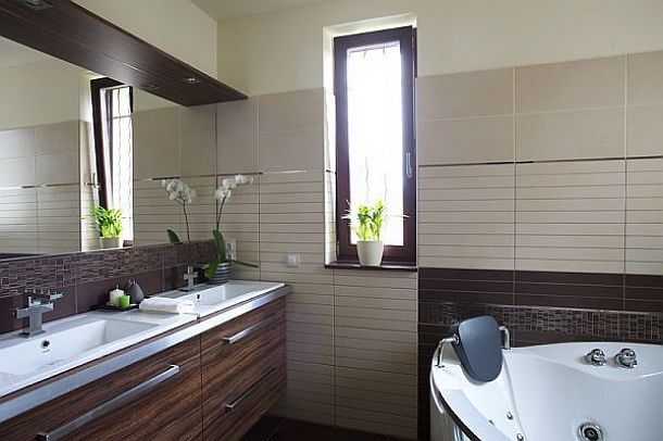 Small Main Bathroom Ideas