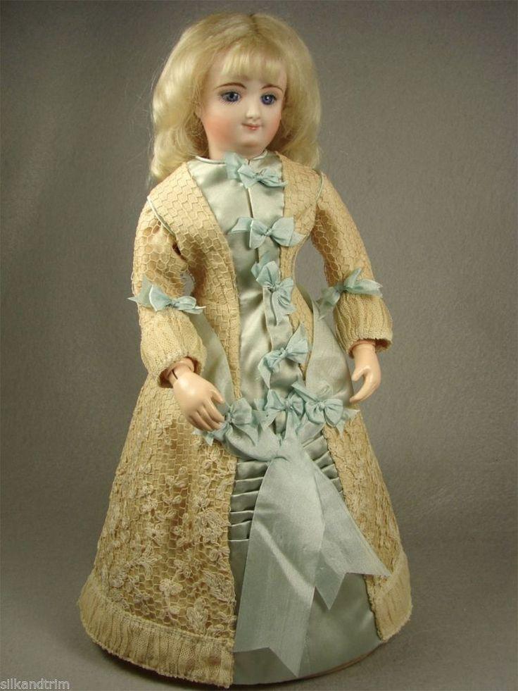Doll Revue Fashion French