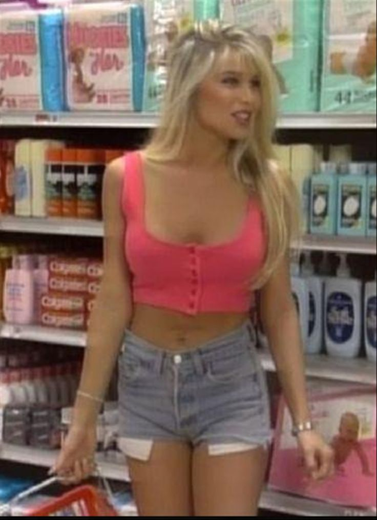 Al Bundy Cherry Pie Girl Bobbi Brown