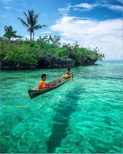 """""""Pulau Banggai, Kab Banggai Laut, Sulawesi Tengah. Foto ..."""
