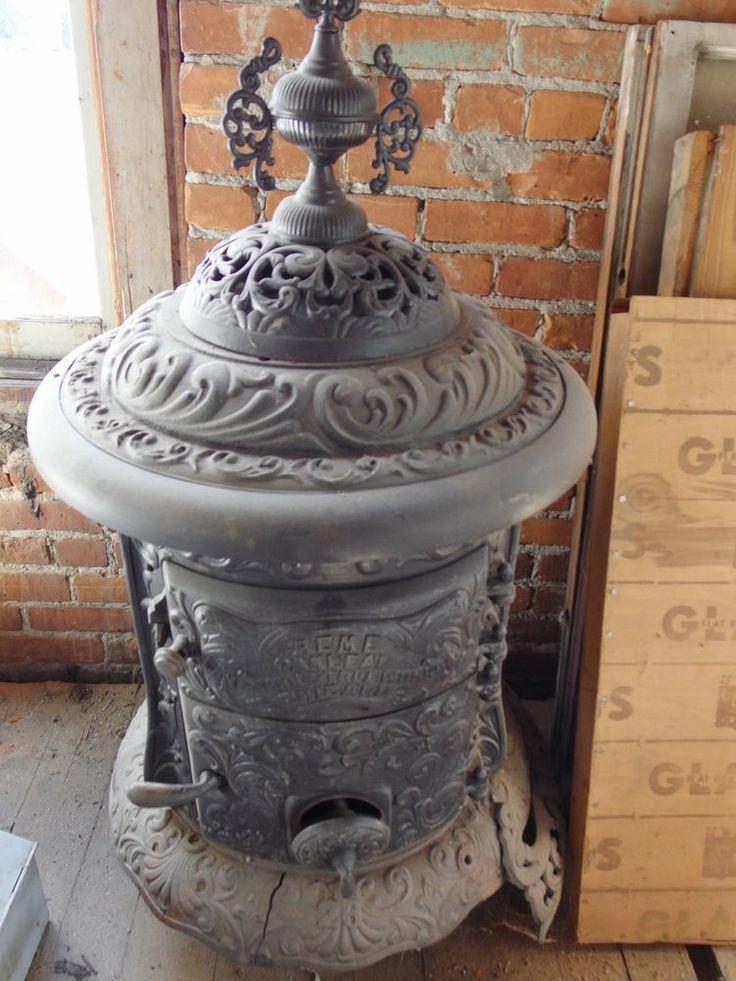 Round Oak Pot Belly Stoves