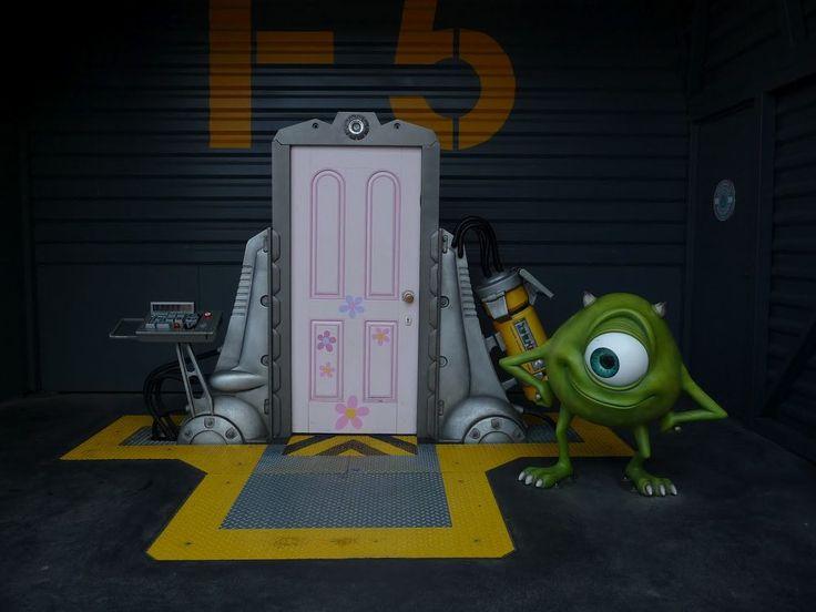 Floor Door Boo Inc Scare Monsters
