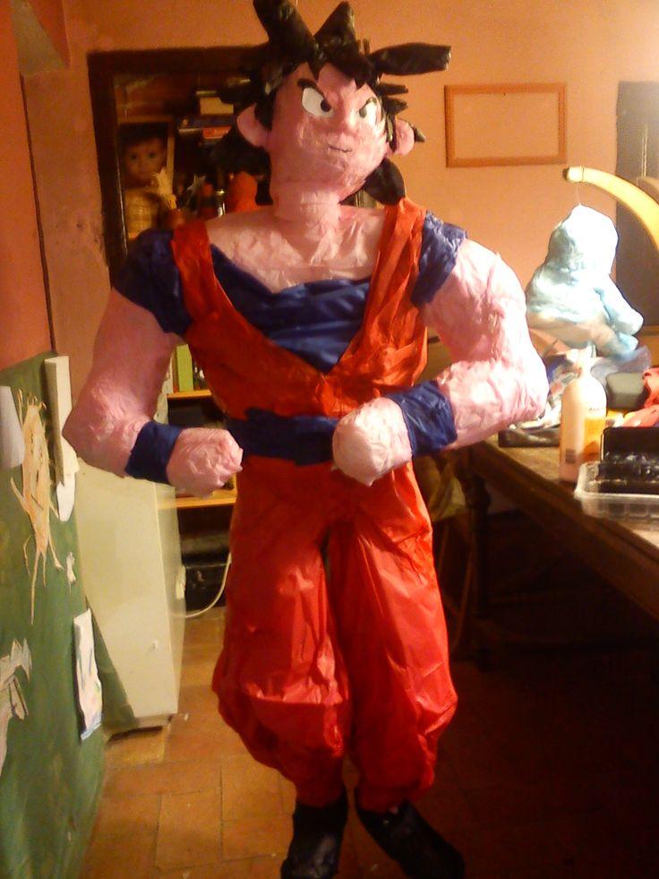 Dragon Ball Goku Pi 241 Atas Pinyates Pinata Pinterest