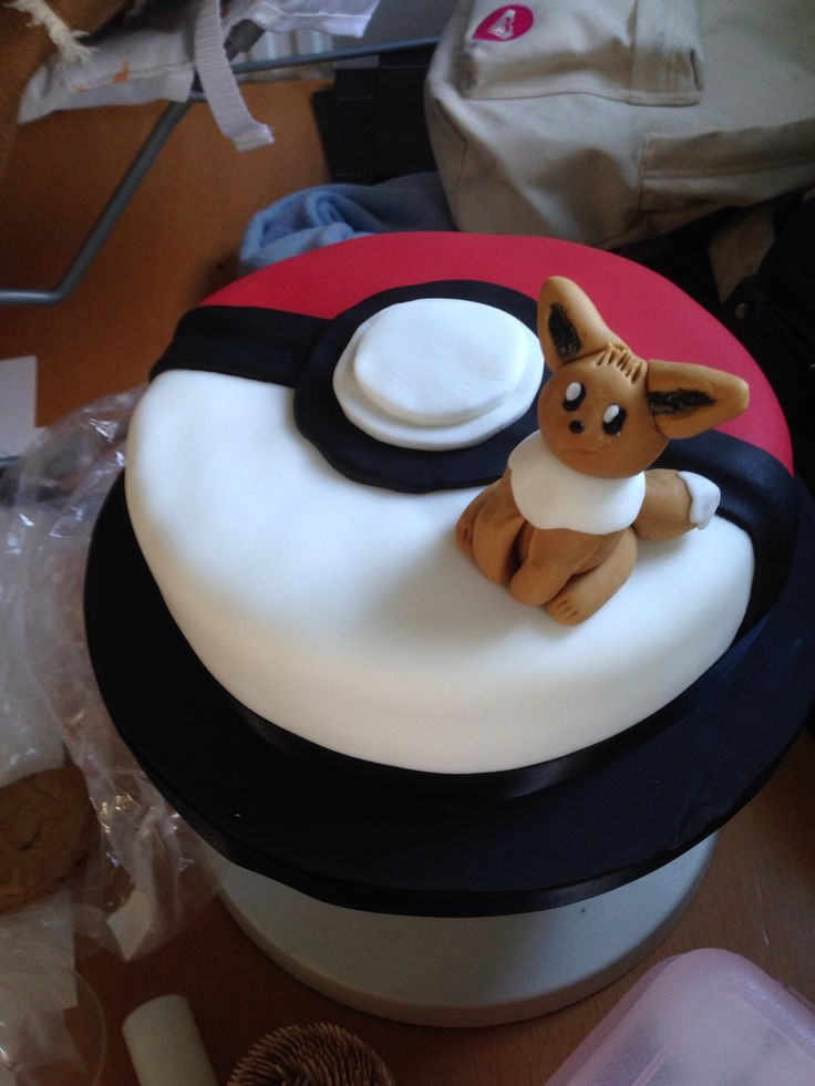 Eevee Pokemon Cake Food Amp Drinks Pinterest Cakes And