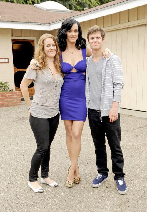 Katy with Sister Angela and Brother David | Katy Perry ...