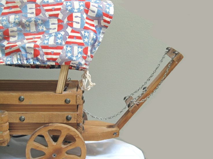 Vintage Horse Drawn Covered Wagon Lamp