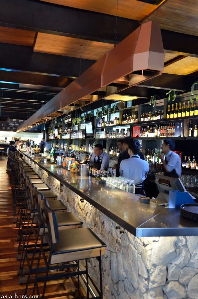 The Impressive Stone Faced Stainless Steel Topped Bar