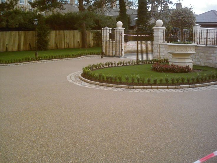 The Driveway With A Separate Entrance And Exit Dream