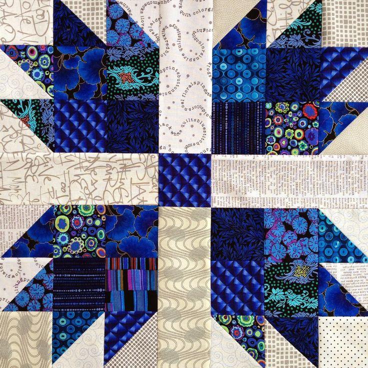 Square Quilt Block Center Paw