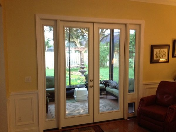 Exterior Door Sidelight 1