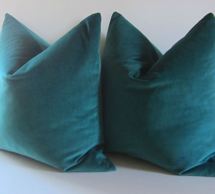 Black Velvet Throw Pillows
