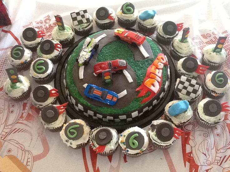 Pastel Y Cupcakes De Hot Wheels De Fondant Pastel Y