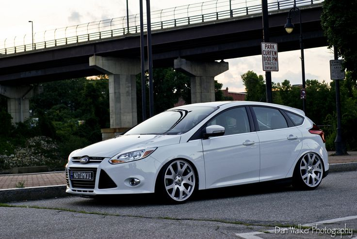 White Ford Focus Mk3 Rs St Ford Focus St Tuning