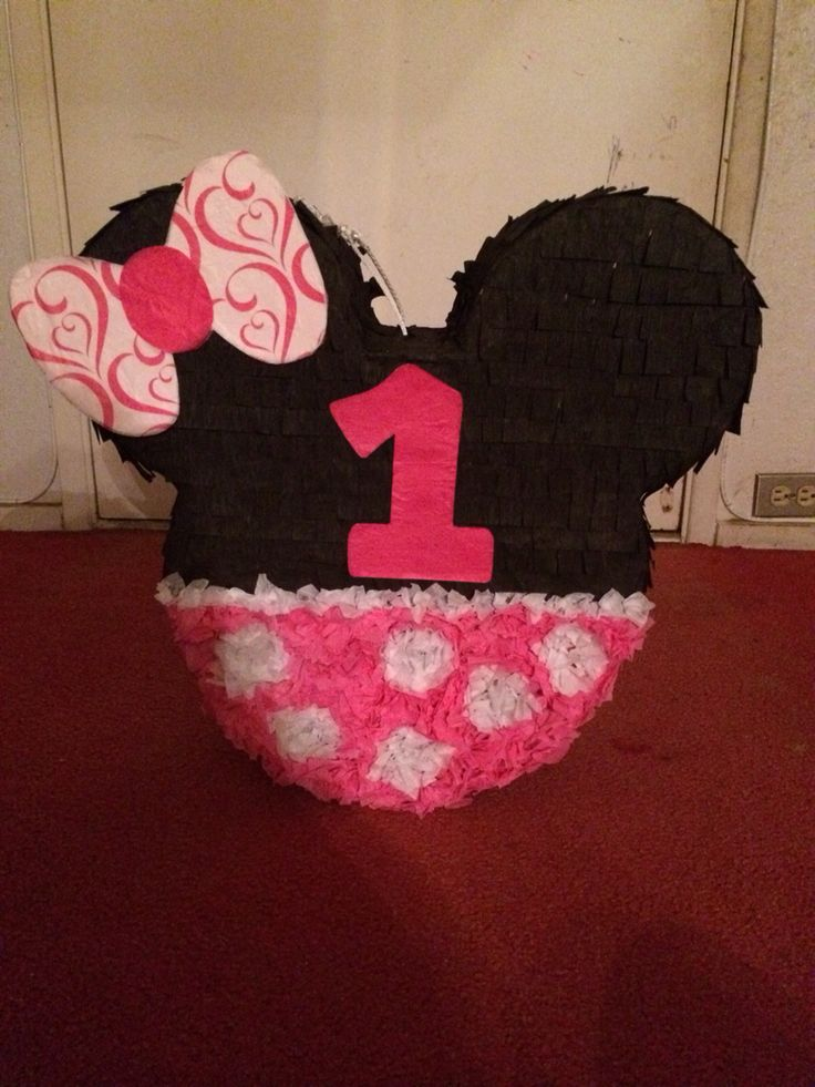 Diy Minnie Mouse First Birthday In