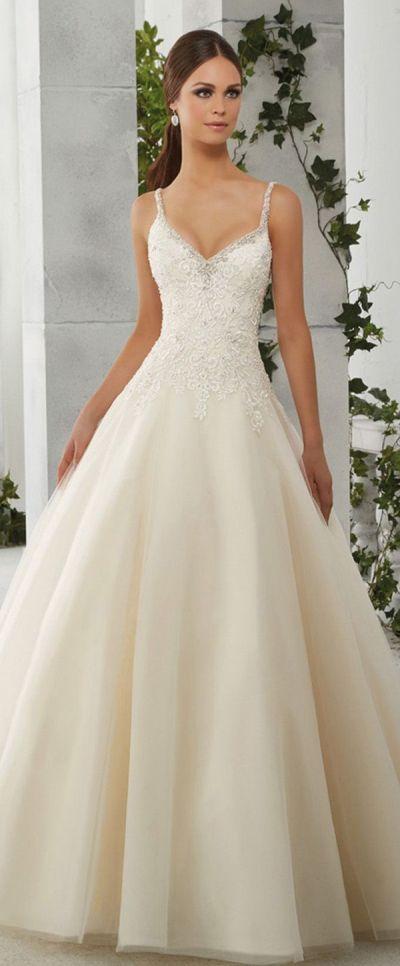 Best 25+ Wedding Dress Straps ideas on Pinterest | Spring ...