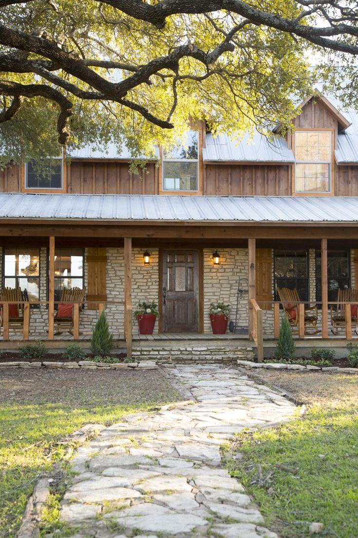 Hgtv Fixer Upper Farmhouse Exterior