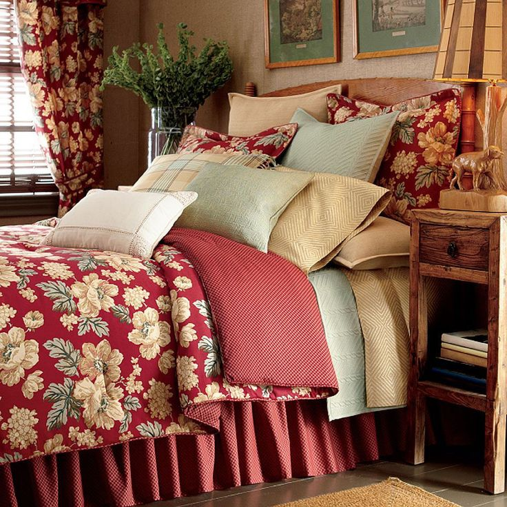 Chaps Elizabeth Red Floral Standard Pillow Sham New Full